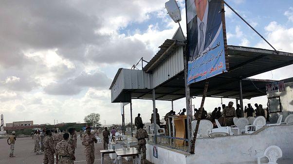 حمله پهپادهای حوثیها به رژه نظامیان وفادار به دولت عبد ربه منصور هادی