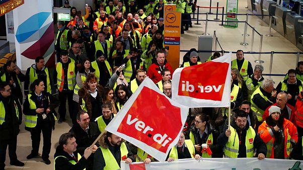 اعتصاب در آلمان؛ صدها پرواز در کلن، دوسلدورف و اشتوتگارت زمینگیر شدند