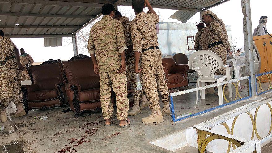 Атака дронов на парад правительственных сил в Йемене. Погибли 6 человек