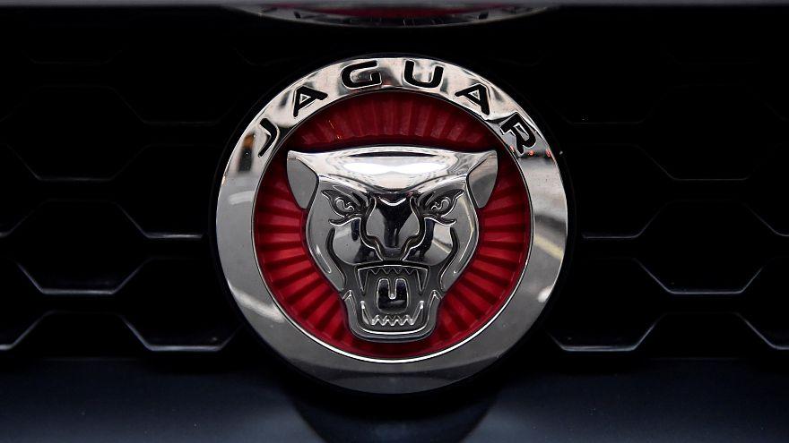 Jaguar Land Rover vai suprimir 4500 postos de trabalho
