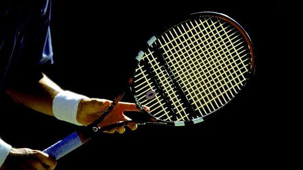 الشرطة الإسبانية تعتقل 83 شخصا من بينهم 28 لاعب تنس محترفا في مزاعم تلاعب