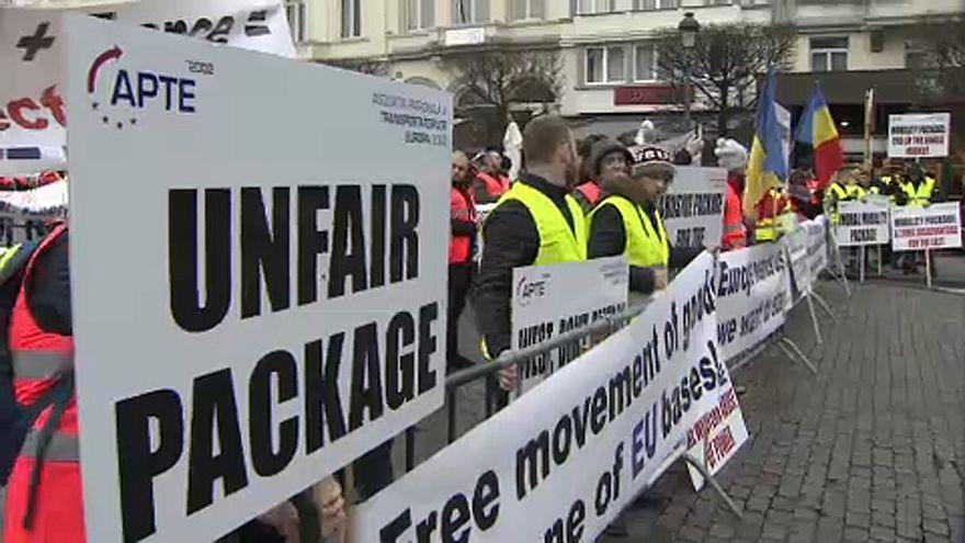 Proteste osteuropäischer Fernfahrer in Brüssel