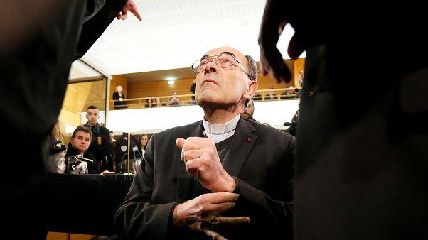 Vertuschungsvorwurf - Erzbischof von Lyon vor Gericht