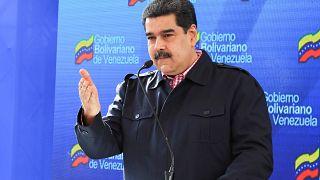مادورو يؤدي اليمين رئيسا لولاية ثانية في فنزويلا وواشنطن تتهمه باغتصاب السلطة