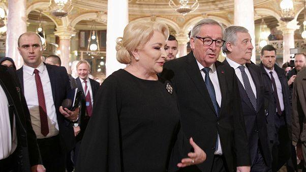 Romanya yolsuzluk iddiaları gölgesinde AB Konseyi dönem başkanlığını devraldı