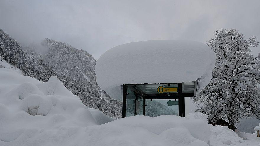 Северная и центральная Европа оправляется после снегопадов
