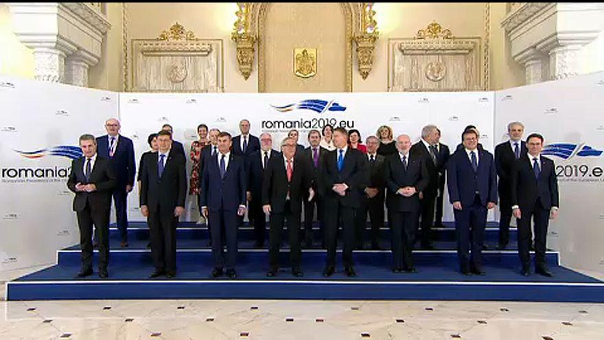 Présidence roumaine de l'UE : un début sous tension