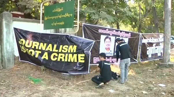 Los dos periodistas encarcelados en Birmania seguirán en prisión
