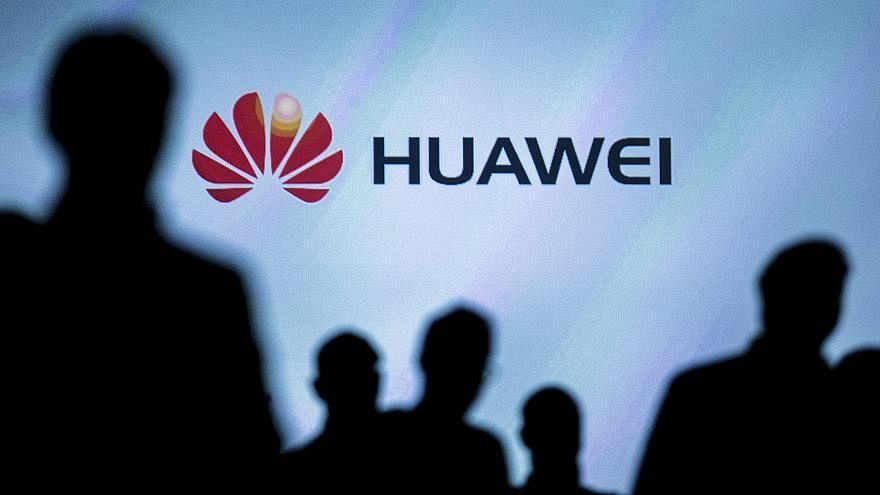 بتهمة التجسس.. بولندا تعتقل مواطناً وموظفاً في هواوي الصينية