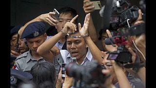 Börtönben maradnak a Reuters újságírói