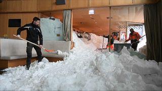 Caos en el centro de Europa por las fuertes nevadas