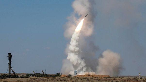İsrail'den Şam'a saldırı: 'Füzeler havada imha edildi'