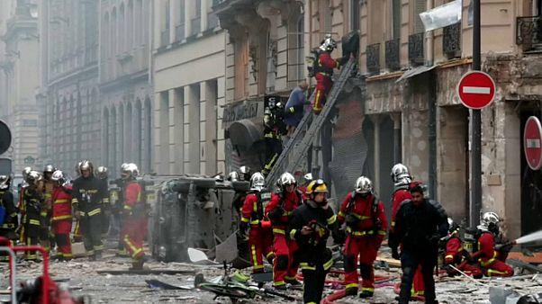 Deux morts et des dizaines de blessés dans une explosion à Paris