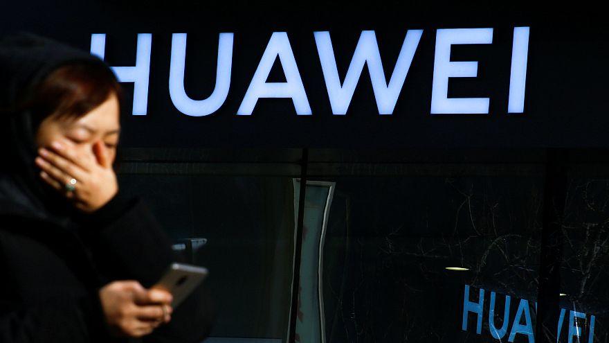شرکت هوآوی کارمندی را که در لهستان به جاسوسی متهم شده بود اخراج کرد
