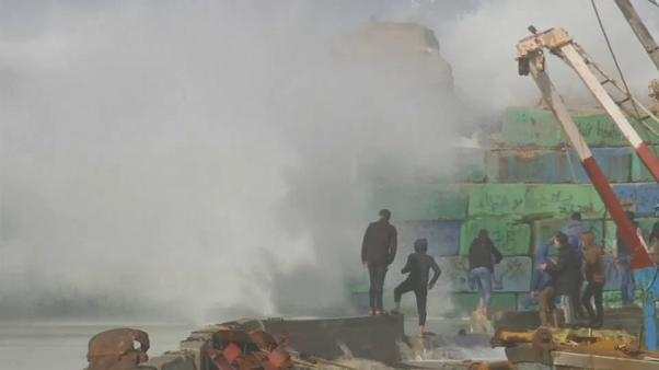 شاهد: عاصفة نورما تعصف بالبنية التحتية لبنان وغزة