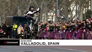 Spanien: Tanz auf dem Motorrad
