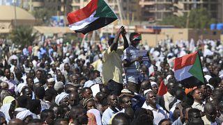 Sudan'da hükümet karşıtı protestolar devam ediyor