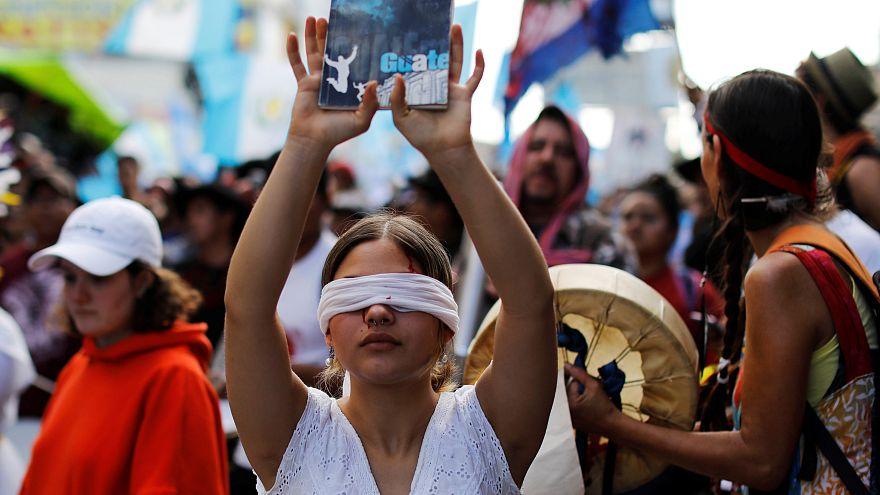 Aumentam os protestos contra o presidente da Guatemala