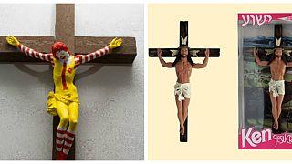 """متحف في إسرائيل يعرض """"ماك يسوع"""" وباربي على شكل العذراء مريم يثير غضب المسيحيين"""