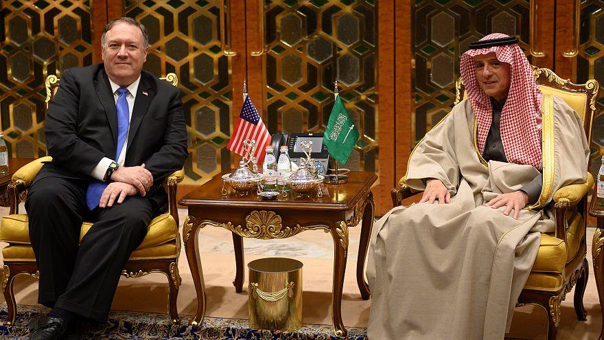 مايك بومبيو يصل الرياض وسط ترقب لما سيقوله لمحمد بن سلمان حول مقتل خاشقجي