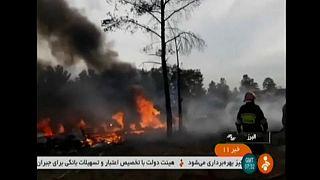 مقتل 15 شخصا على الأقل في سقوط طائرة شحن إيرانية قرب طهران