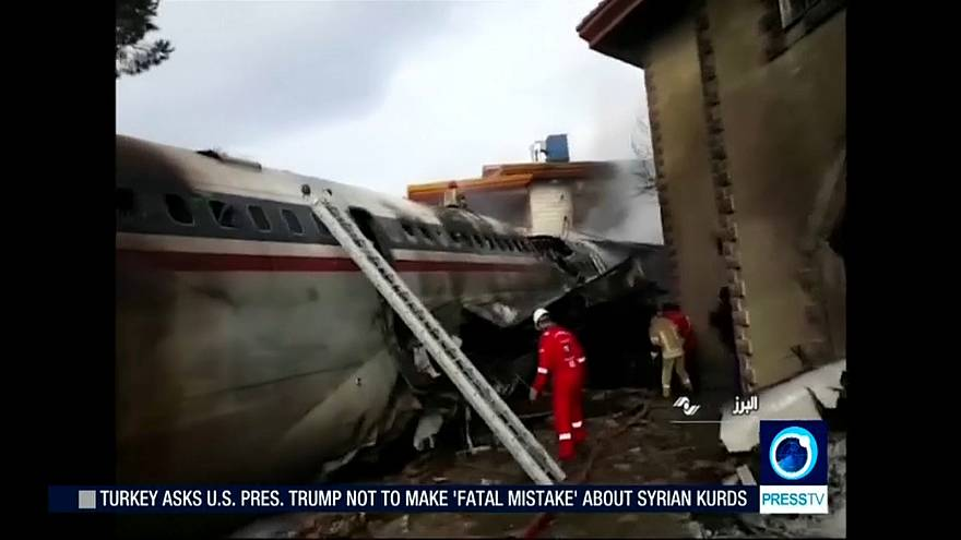 Frachtflugzeug im Iran abgestürzt