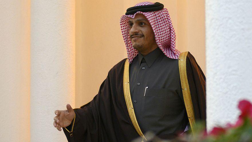 وزير خارجية قطر: لا حاجة للدوحة لفتح سفارتها في دمشق ولا مؤشرات تشجع على تطبيع العلاقات مع سوريا