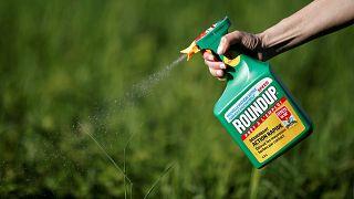 Eurodeputados reveem regras para aprovar pesticidas