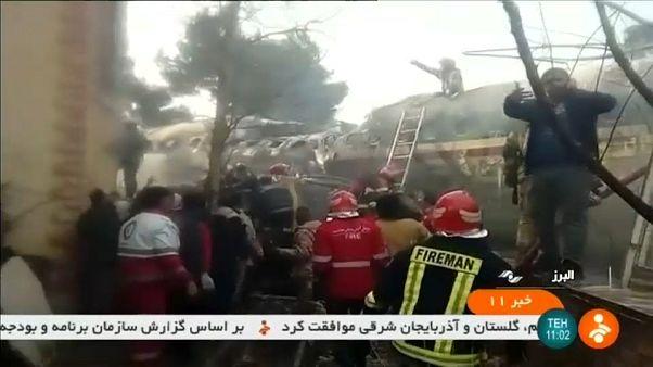 Iran : quinze morts dans le crash d'un avion