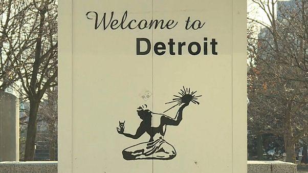 Detroit Auto Show: Γιατί ανησυχούν οι αυτοκινητοβιομηχανίες