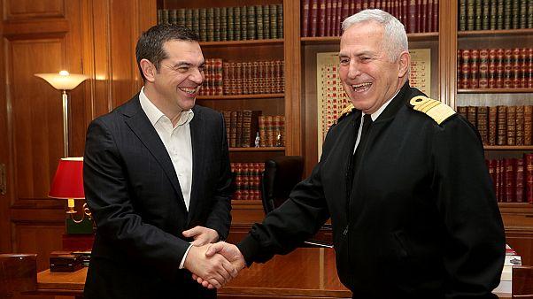 Συνάντηση Αλ. Τσίπρα με τον νέο υπ.Άμυνας Ευ. Αποστολάκη