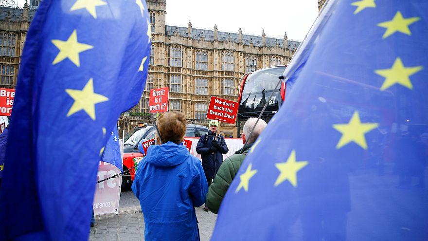 Brexit, cosa succede dopo il voto del Parlamento? Gli scenari possibili