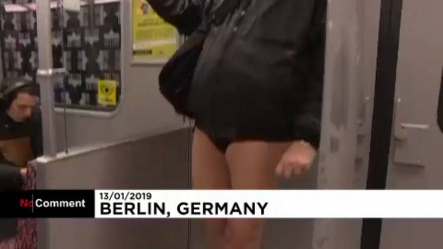 """Insolite : ils ont baissé le pantalon dans le métro pour le """"No Pants Subway Ride"""""""