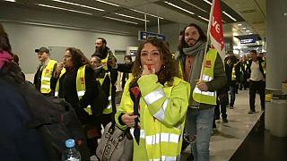 Dienstag: Sicherheitspersonal streikt an acht deutschen Flughäfen