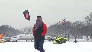 Снег в Вашингтоне: сноукайтинг и ДТП