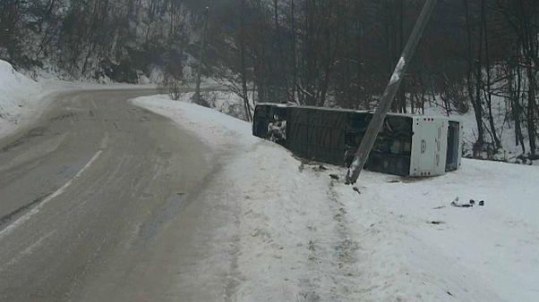 شاهد: حوادث ووفيات بسبب الثلوج في البوسنة
