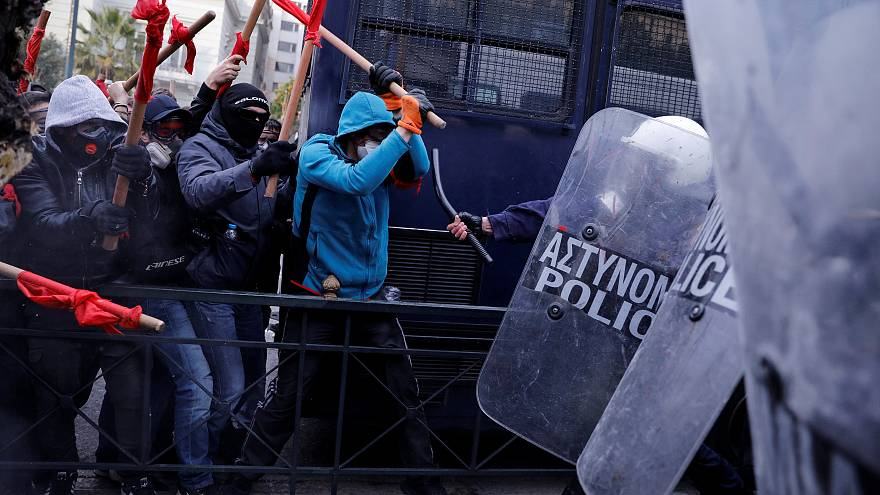 Over 3,000 Greek primary school teachers clash with police over public-sector hiring reforms