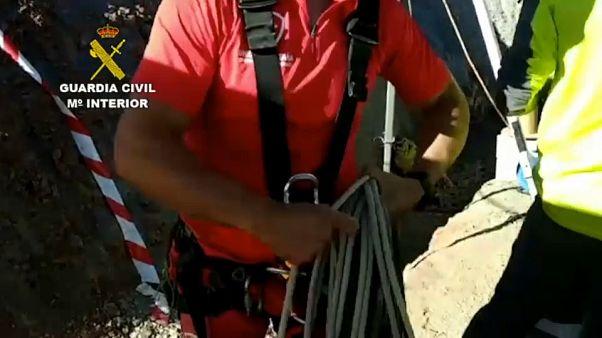 شاهد: بحث مستمر عن طفل إسباني وقع في بئر