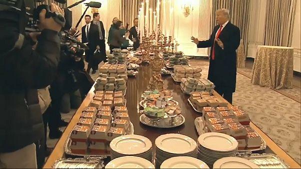 لأجل الجدار كل شيء يهون.. شطائر البيغ ماك على مائدة البيت الأبيض وترامب يدفع الحساب