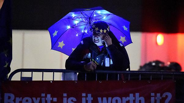 Brexit: Ποιοι είναι υπέρ, ποιοι κατά και ποιοι οι αναποφάσιστοι