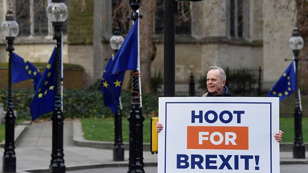 Britain will enter 'political and constitutional turmoil' if Commons rejects Brexit deal