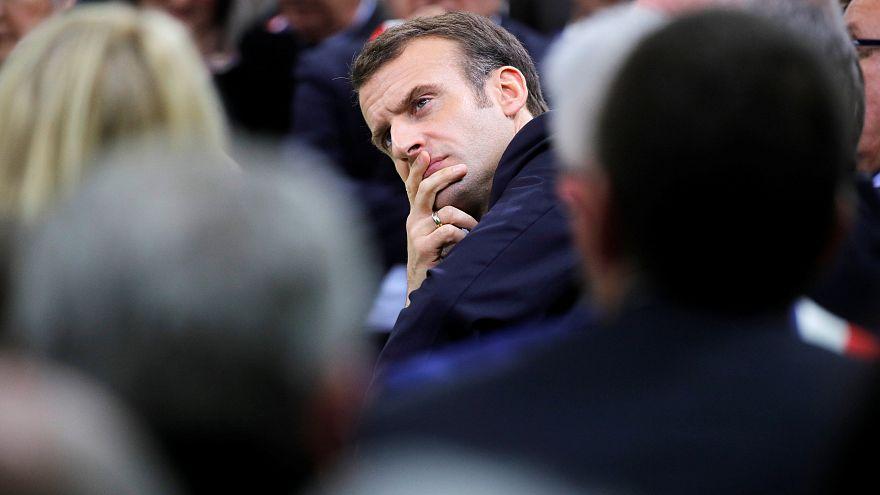 Hayat pahalılığına isyan eden Sarı Yelekliler'e Macron'dan göçmen sayısını kısıtlama önerisi