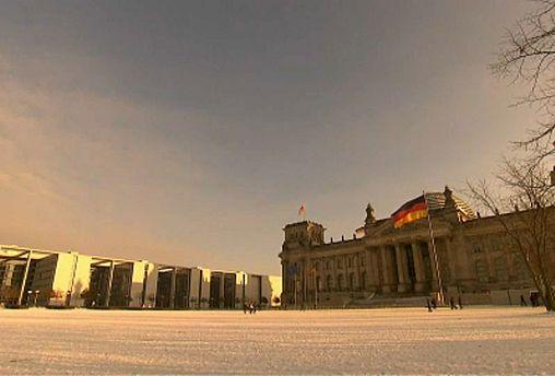 Economia alemã desacelera mas evita recessão