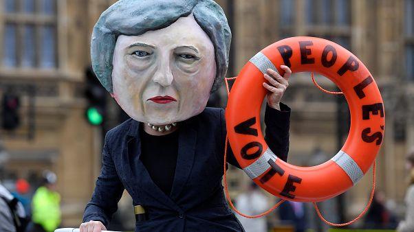 Brexit: Η ώρα της κρίσης για την Τερέζα Μέι