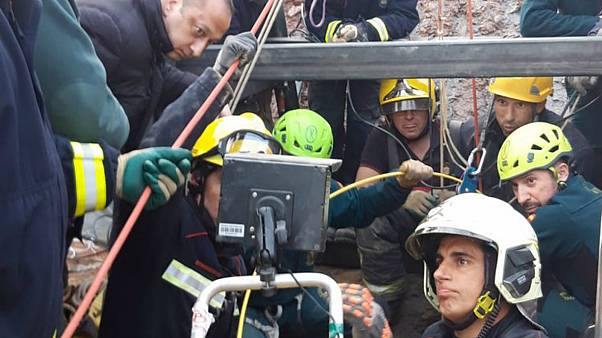 Rescue team builds horizontal and vertical tunnels to reach missing Spanish toddler