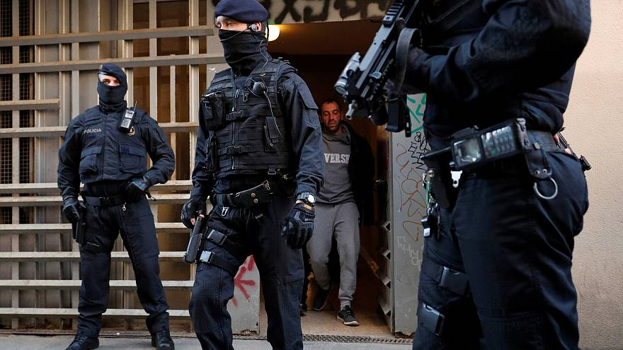 Catalan police arrest over 17 people during anti-terrorist raid in Barcelona and nearby town