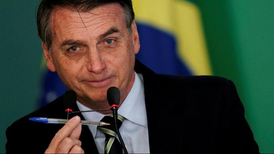 Jair Bolsonaro pouco antes de assinar o decreto da posse de armas