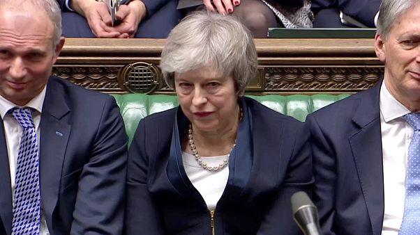 EU-Austrittsabkommen abgelehnt: Krachende Niederlage für May