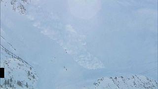 Fuertes avalanchas en los Alpes austriacos a causa de las intensas nevadas