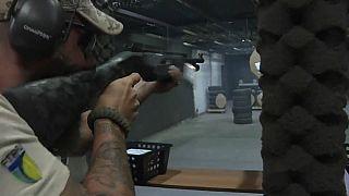 Bolsonaro facilite l'accès aux armes à feu